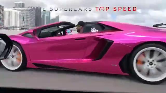 紫色涂装版LamborghiniAventadorSV