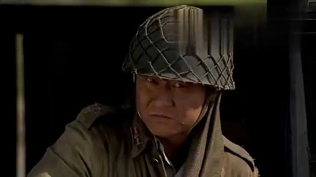 鬼子假装难民过桥,首长故意说了句日语,鬼子一起回头,悲剧了