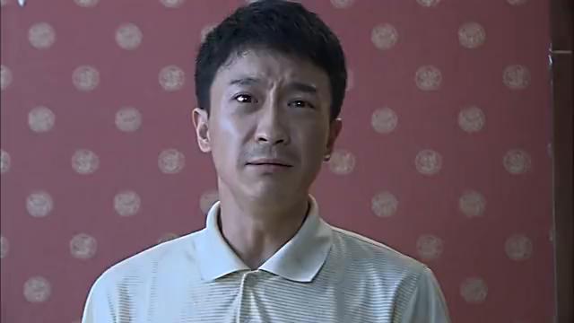 压抑多年的刘坤情绪爆发,把毕业证给撕了