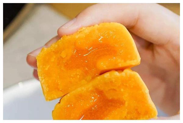 """月饼里的""""青红丝""""是什么?虽然难吃,但却是月饼里最难制作的"""