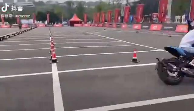 钱江600新发布的跑车