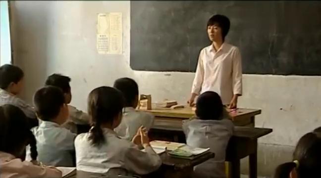 暖春:小花写的一棵树,把老师都看哽咽了,一篇作文感动了全班