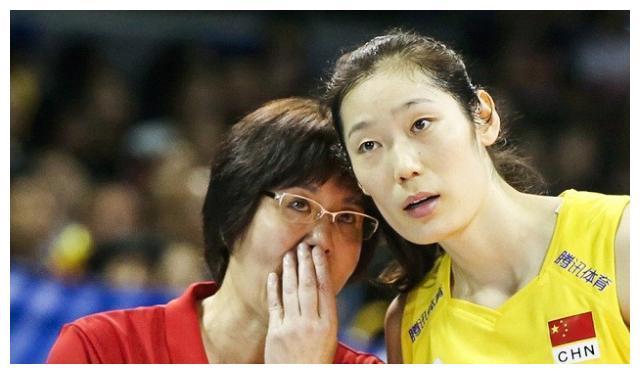 承办国家联赛,中国女排摸底对手又练兵,一年双冠希望大!