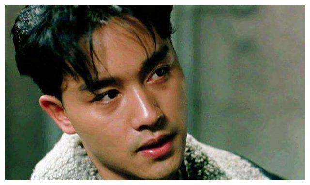 2003年哥哥张国荣自杀,陈淑芬用衣服盖住了遗体,保留最后的尊严