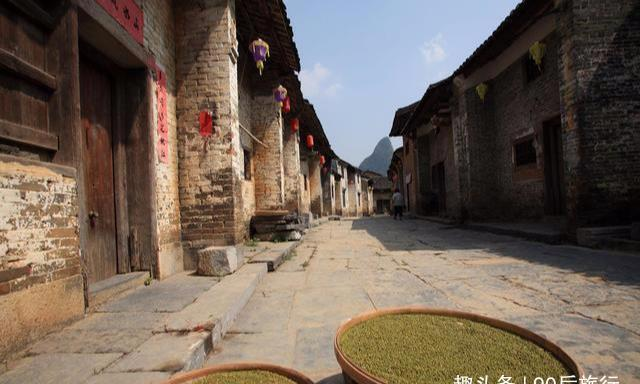 """广西有个千年古镇,能与凤凰古城有一拼,被人称作""""小桂林"""""""