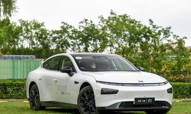 造车新势力小鹏P7,续航706km百公里加速,轴距近3米