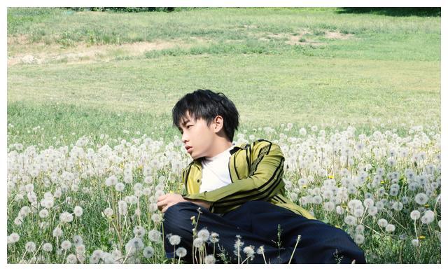 电影《小小的愿望》首映,王俊凯低调现身表示很感动