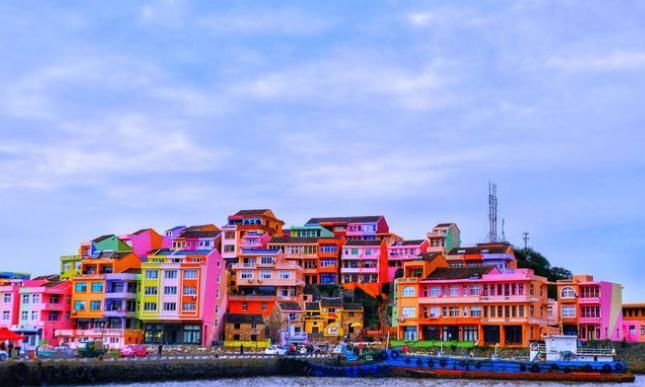 """浙江最美小渔村走红,被称""""中国的圣托里尼"""",以建筑成闽江地标"""