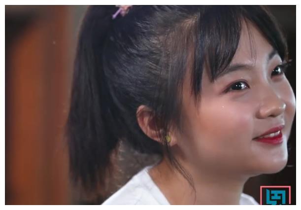 林妙可首次回应奥运会假唱,感谢张艺谋帮自己说话