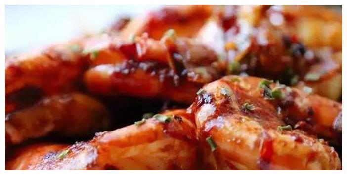 美味可口的家常肉菜,入味又鲜美很爽口,简单好吃很滋补