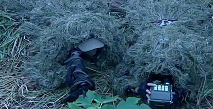 狙击生死线:狙击手执行任务,发现放羊老头是杀手