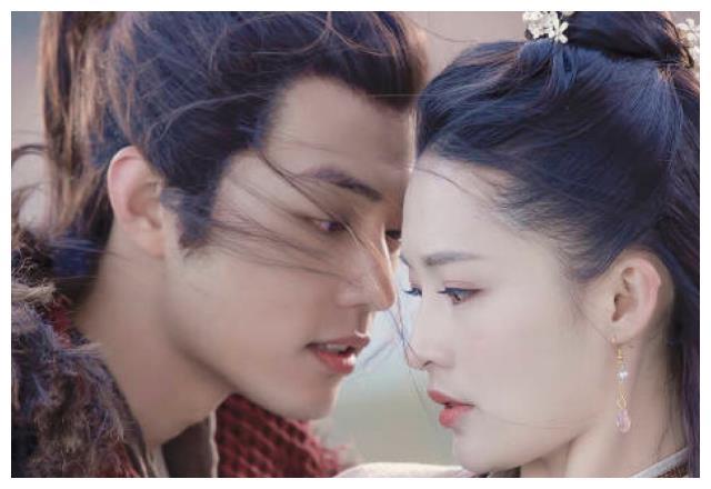 《狼殿下》甜蜜路透照来袭,王大陆+李沁,可惜肤色差太明显
