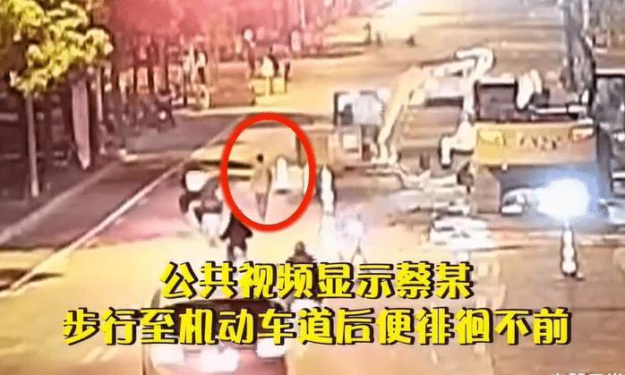 上海发生一起事件,位于长宁区,场面让人无奈