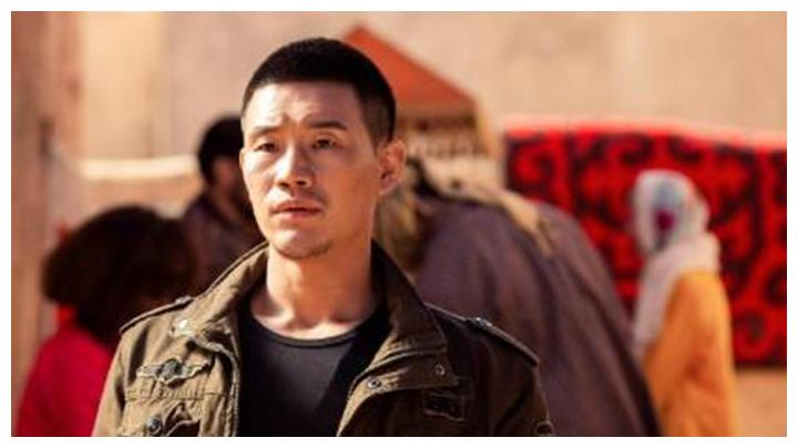 不听成龙劝阻翻拍《战狼2》,小兵张嘎挑战吴京,结局却悲惨了!