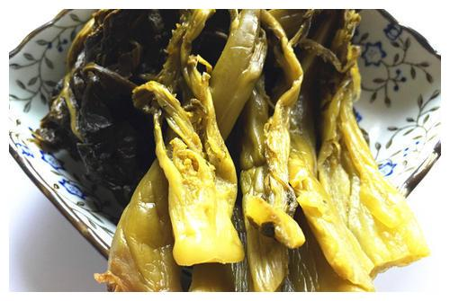 亚硝酸盐中毒是谣言,一个月腌制的酸菜美味安全,放心食用