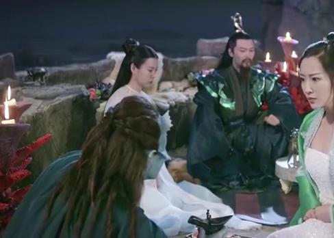 三生三世:长海水君真的是个怂包,竟要嫁女割地给鲛人族