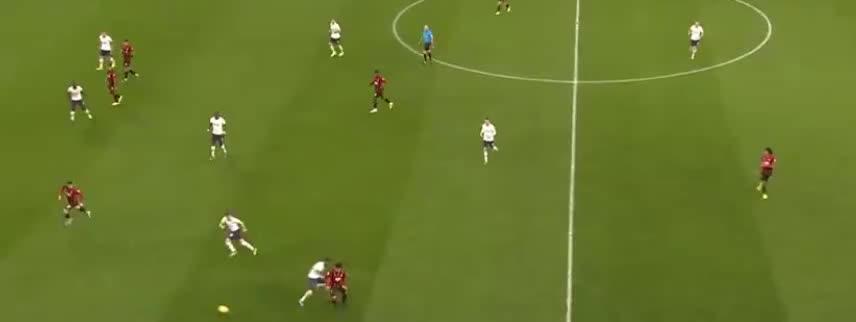 伯恩茅斯倒三角传球,威尔逊贴地斩破门