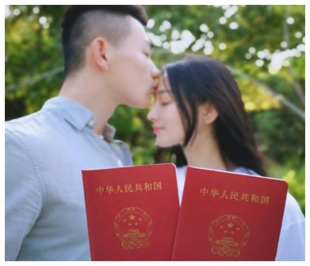 张馨予炫耀军嫂慰问福利,看到实物后,这谁不羡慕?