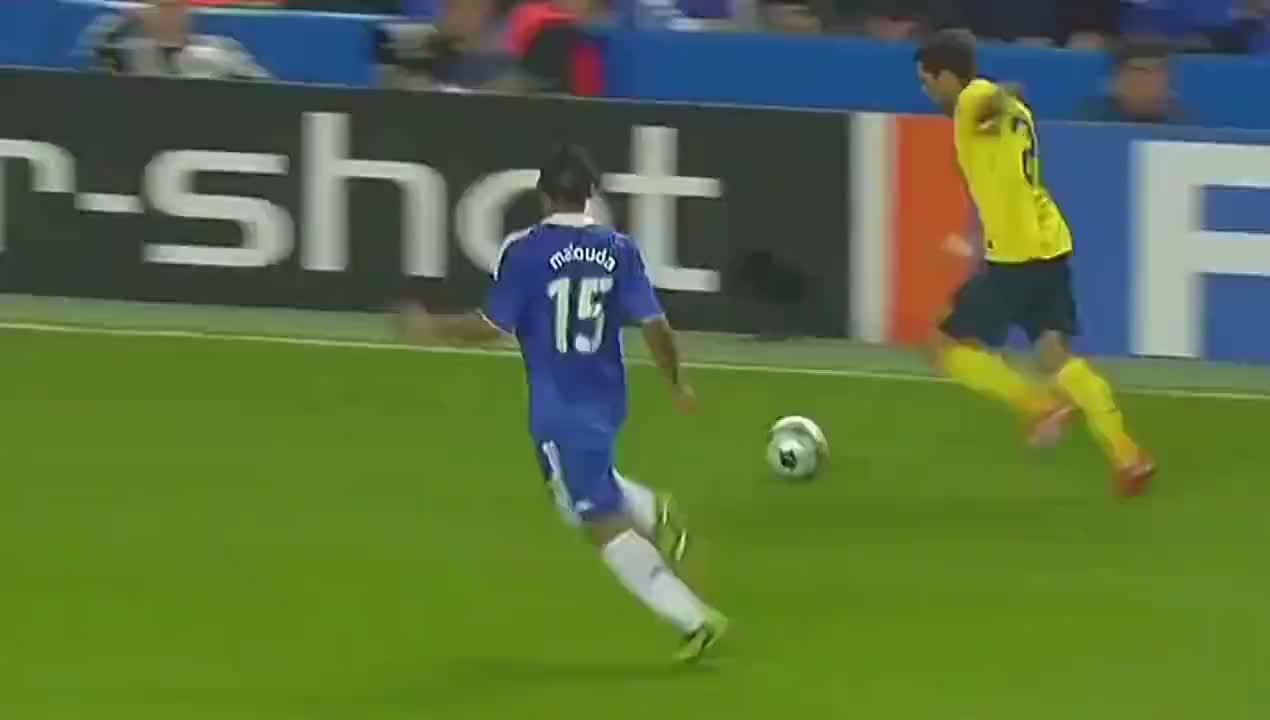 詹俊激情解说 欧冠巴萨绝杀切尔西 梅西传射建功伊涅斯塔致胜球