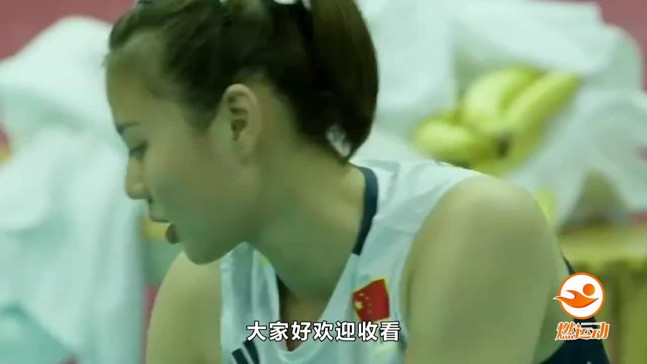 江苏女排主场不敌恒大,晋级四强希望渺茫,张常宁赛后泪洒现场