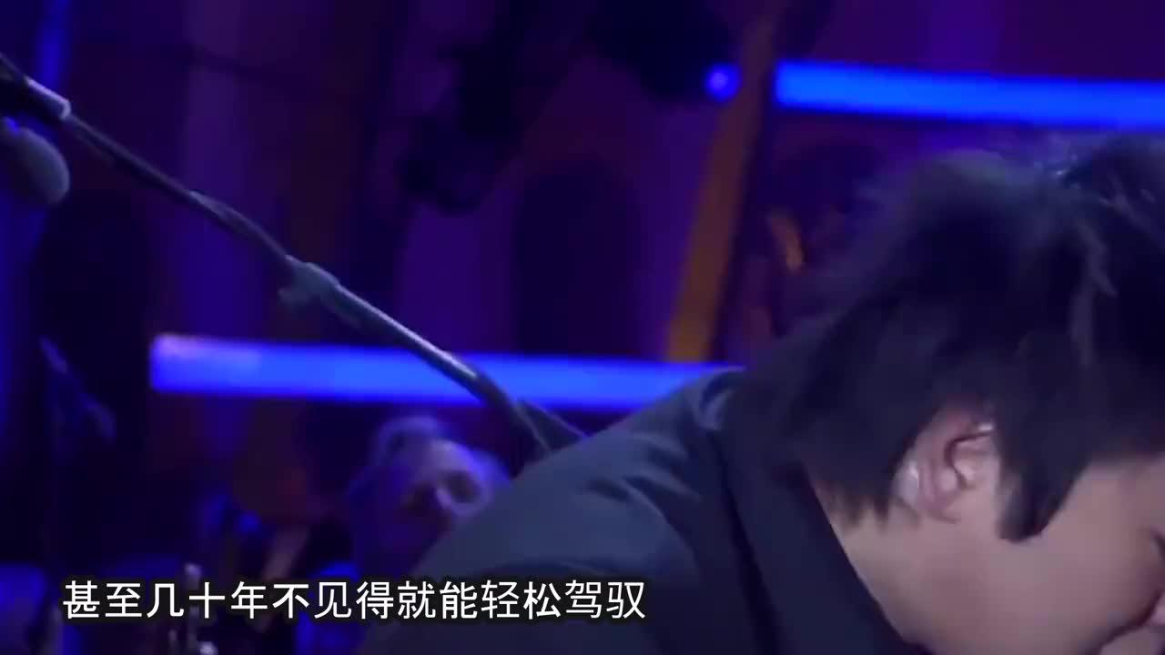 美国主持人挑衅4岁中国神童神童弹完钢琴又一脸诚恳地道歉