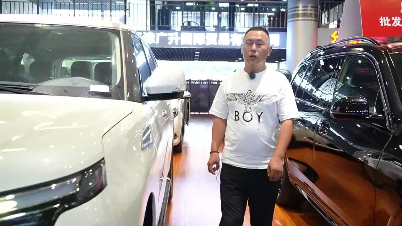 20款途乐XE丐版视频 全地形SUV配置升级 现车实拍评测