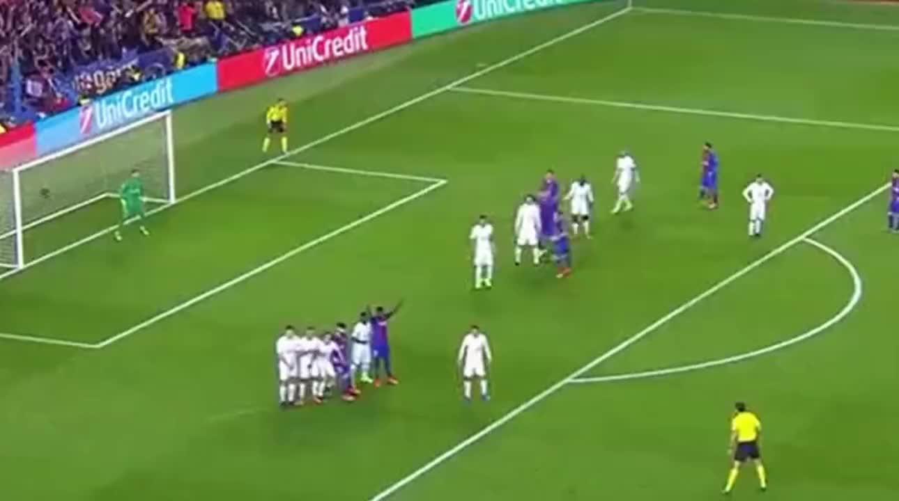 巴萨欧冠6球逆转大巴黎 谁还记得当年内马尔搭档梅西封神之战?