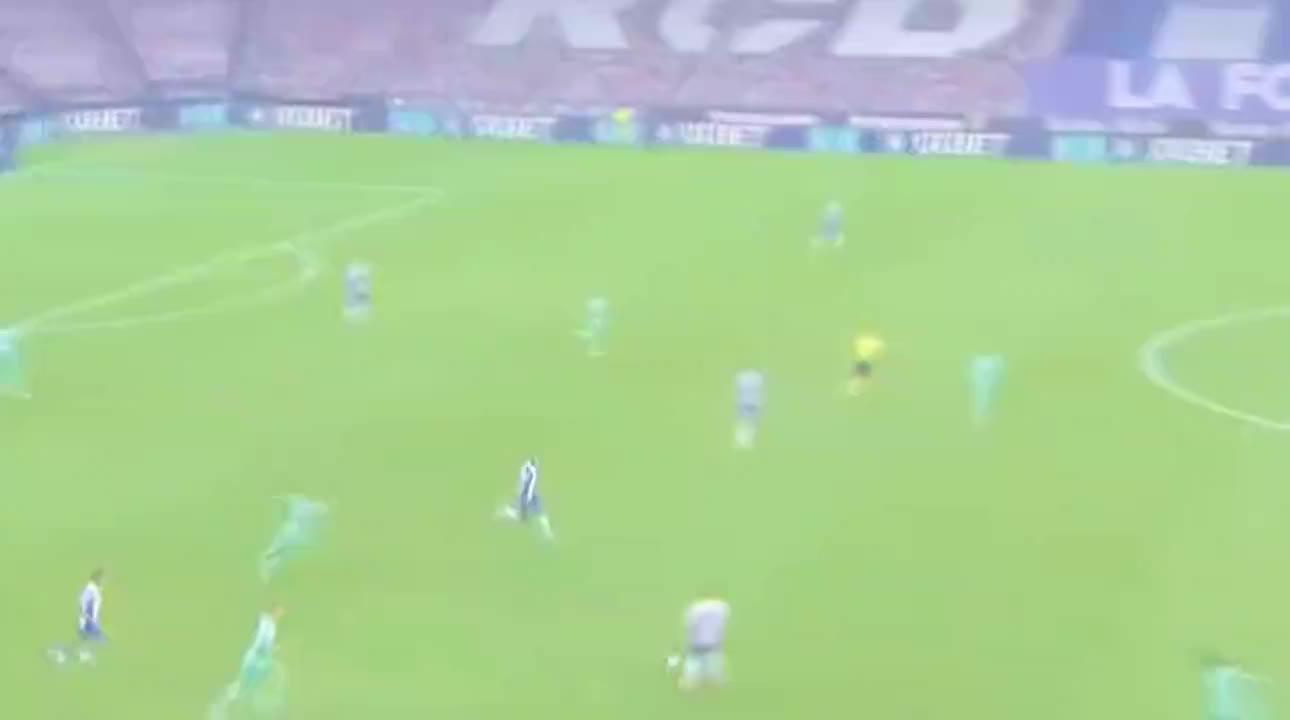 武磊西甲最佳一战之一,正面对位拉莫斯马塞洛不落下风 差点破门