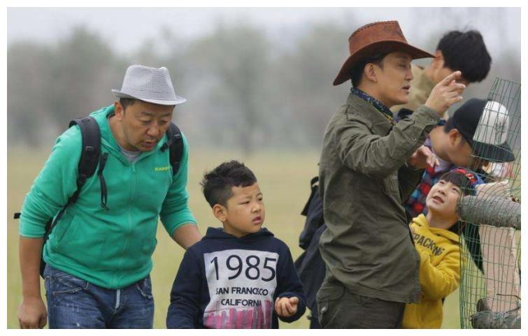 时隔7年,李湘女儿王诗龄和田亮女儿森碟,早就活成两种不同的人