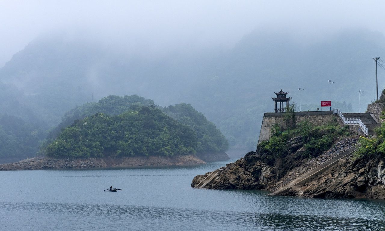 它位于湖北宜昌长阳土家族自治县,全省四大甲级旅游风景区之一