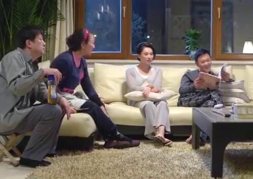 张燕给叶峰家里打电话,假装中国移动话务员,她葫芦里卖的什么药
