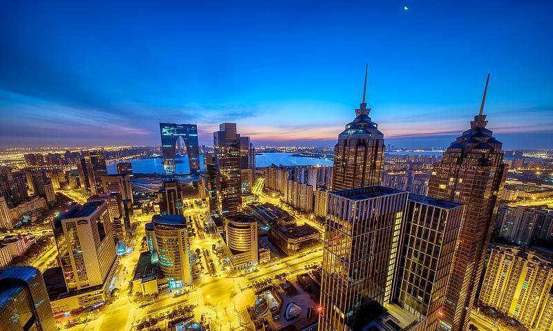 南京杭州青岛大连宁波厦门都有强大的核心市区,何以苏州是个例外