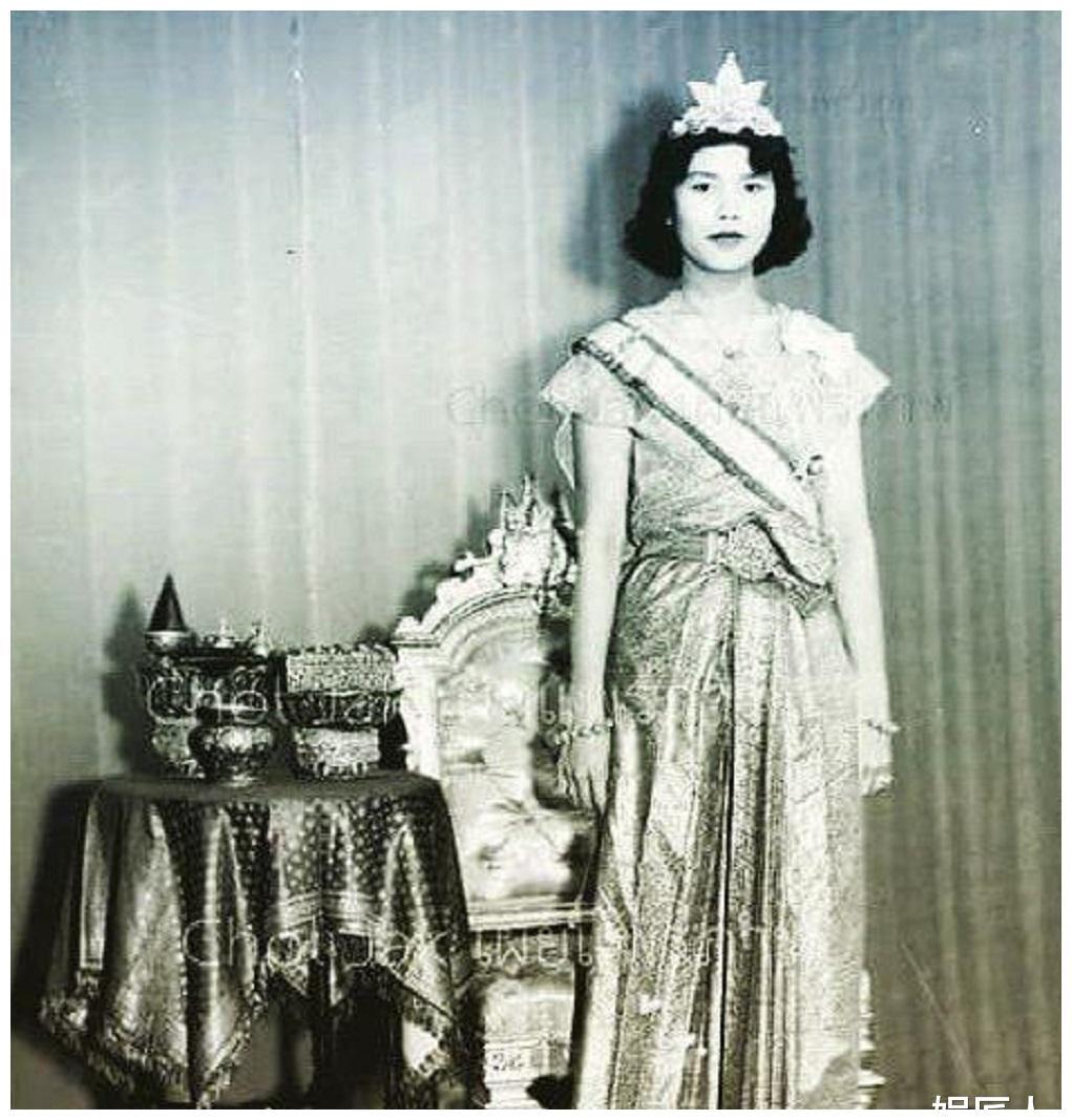 诗丽吉华裔婆婆不愿借皇冠,如今苏提达更凄凉