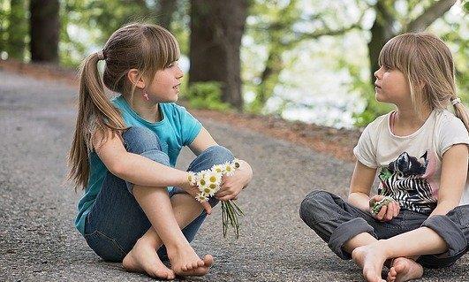 你们多久没有和孩子说过话了?语言发育迟缓儿童的父母