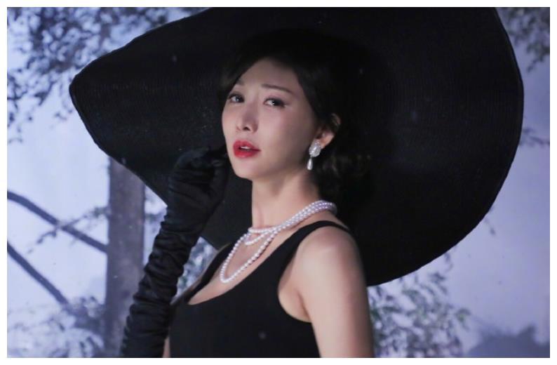 """有种""""变化""""叫婚后的林志玲,近照粉丝认不出,像极了日本小媳妇"""