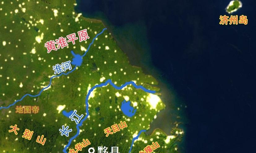 安徽黄山有个影视村,村里有条街叫横店