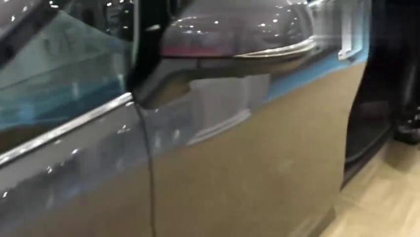 汽车资讯:丰田阿尔法商务座驾,感觉超级棒啊