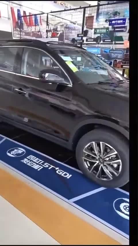 视频:扪心自问,嘉悦X7这个国产车不香吗?