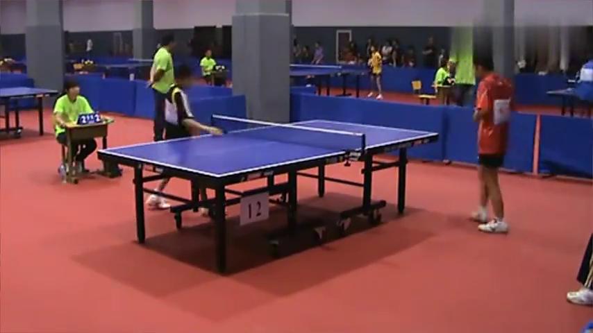 全国少儿乒乓球比赛男童黑vs男娃红
