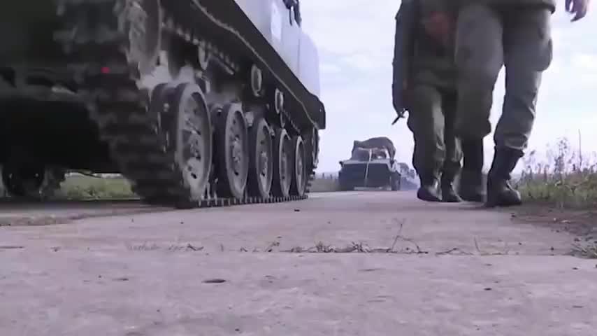 局势面临失控!阿塞拜疆向伊朗发射导弹,俄:正中德黑兰下怀