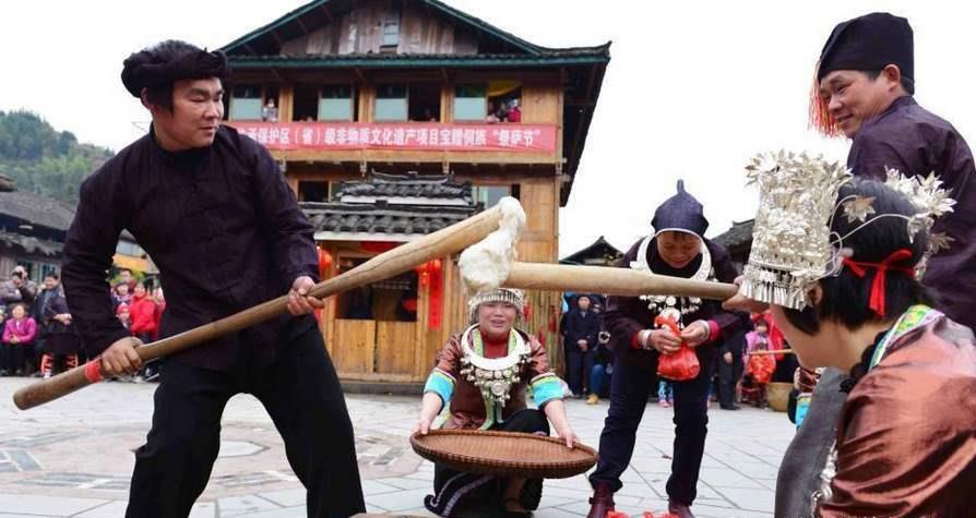 到广西柳州侗族的鸟巢,看大型演出,你知道坐妹是什么意思吗?
