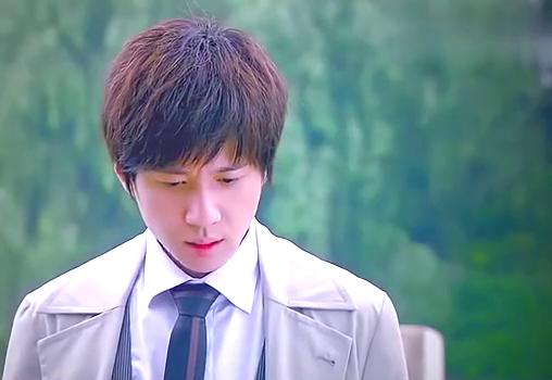 心机女流产的表情,让邵峰突然想起深爱的青萍,把她扔到路边走了