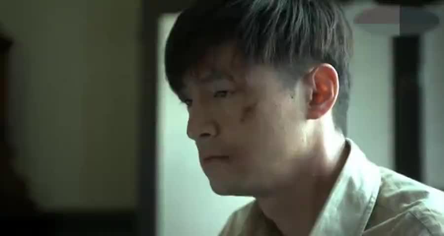 锦云无奈服从组织,汪曼春落入陷阱被囚禁