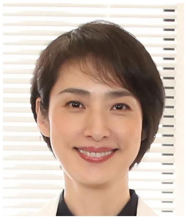 天海佑希主演的电视剧《顶尖手术刀》第8话收视率高达11.0%