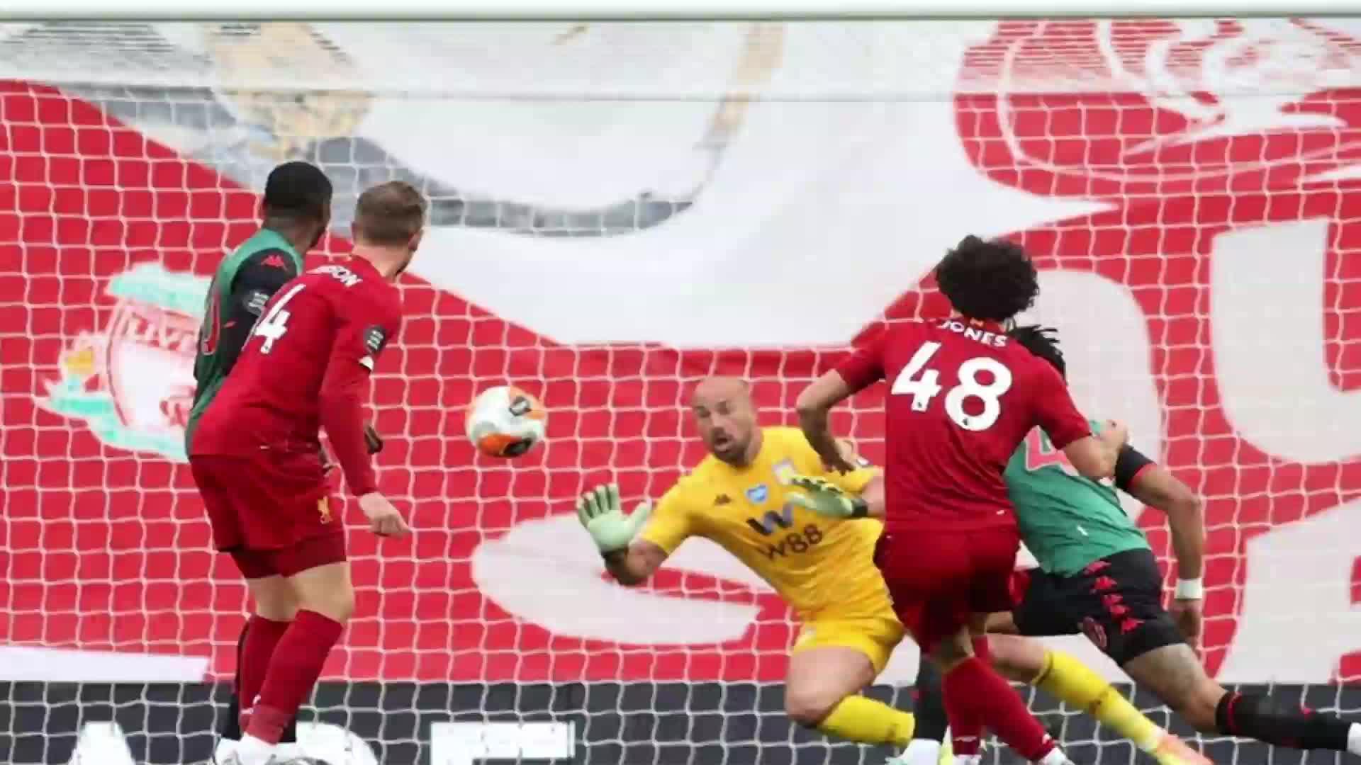 利物浦夺冠三叉戟获一致称赞 名宿哈格里夫斯称曼联锋线更厉害