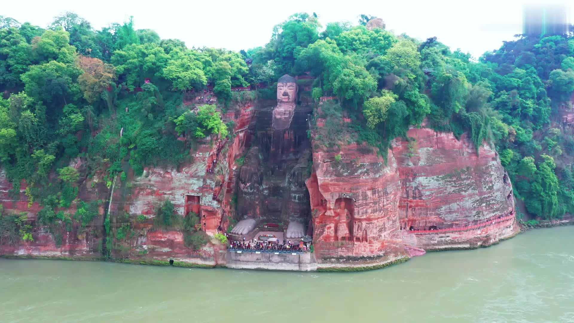 世界最高的古代雕像,唐朝开建,历经三代工匠,耗时90年