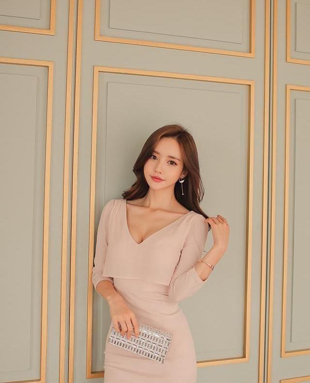 时尚小姐姐唯美穿搭,时尚大方简洁复古,精致个性前卫时尚美极了