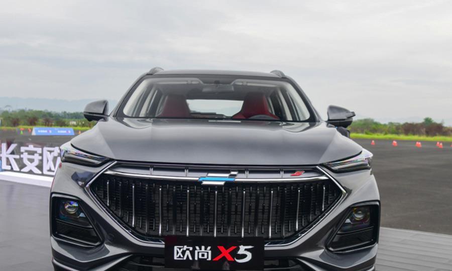 国产又一重量级SUV新车,外观霸气不输奥迪宝马,6.99万起
