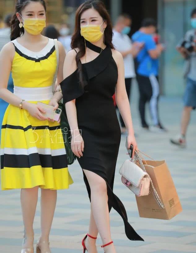 街拍:亮色搭配时尚又好看,同色穿搭打造极简舒适美!
