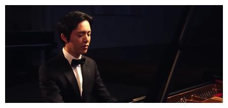 《跨界歌王》李云迪偷看歌词,呆萌似小学生,钢琴王子唱歌也逆袭